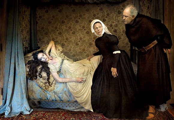 annie_leibovitz_vogue_fake_death